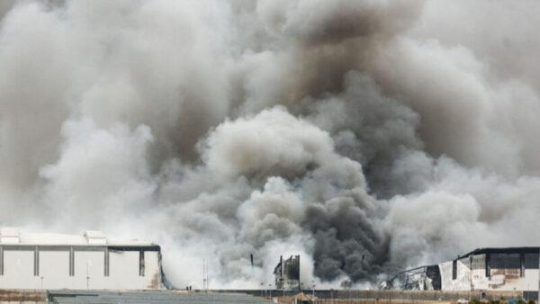南非骚乱升级 已致72死 LG等韩企遭波及