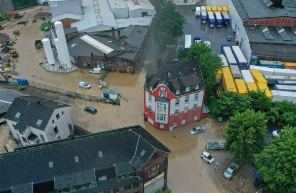 豪雨洪患酿灾 德国西部至少4死30人失踪6屋坍塌(组图)