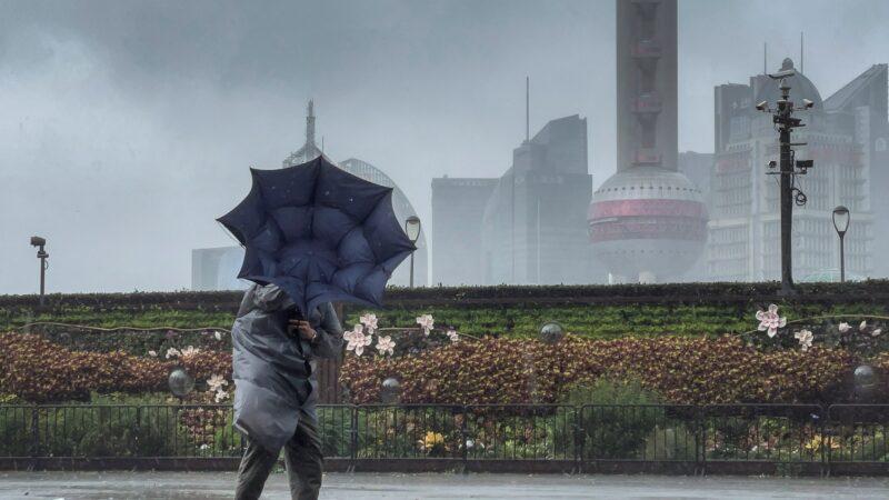 颱風「烟花」在浙江再登陸 上海36.2萬人被轉移