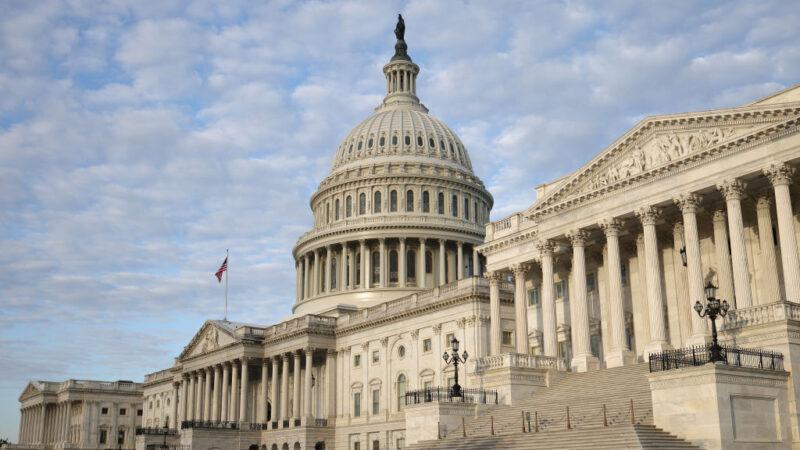 美參眾院通過短期撥款法案 避免政府午夜關門