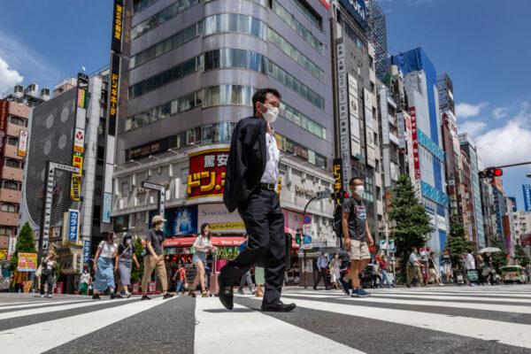 东京都疫情扩散 28日增3177例连2天刷新纪录