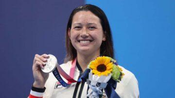 何诗蓓奥运夺银  香港本土运动员身份引发纠纷