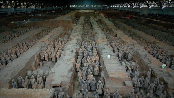 中國疫情來勢凶猛 西安秦始皇陵關停