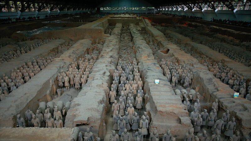 中国疫情来势凶猛 西安秦始皇陵关停