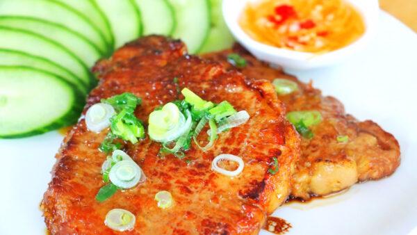 【美食天堂】香茅里肌猪排做法~ 铁锅煎猪排 肉嫩多汁!