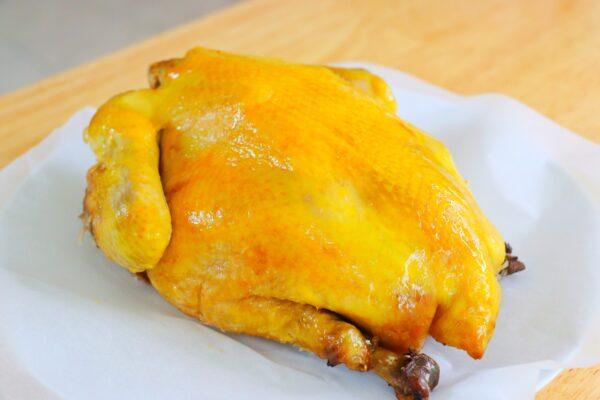 【美食天堂】盐焗鸡做法 肉多汁滑嫩