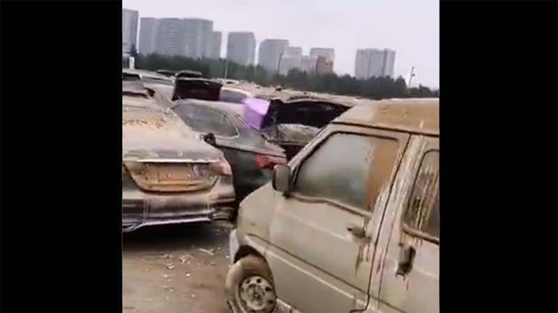 網傳河南淹水車輛存放場地視頻 場面慘烈