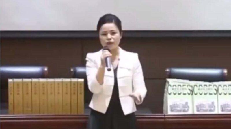 """5千英文词来自中文?中国""""学者""""演讲遭炮轰"""