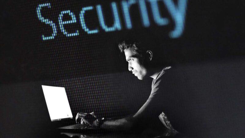 黑客袭击17国数千企业 索要7000万赎金换解码器