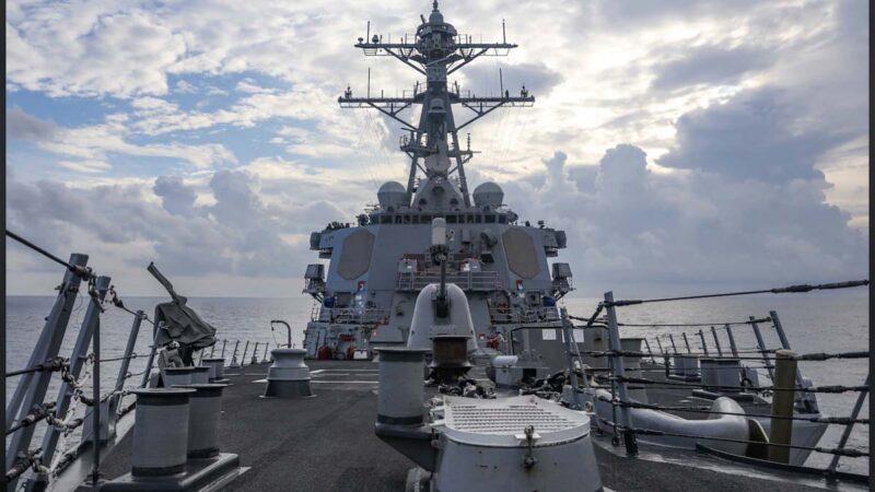 美军巡航西沙 发3张现场照强硬回击中共