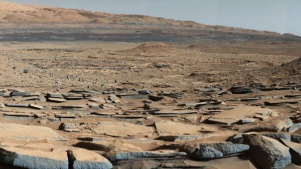 NASA火星探測器發現文明痕跡!火星驚現「水泥」橫穿整片山谷