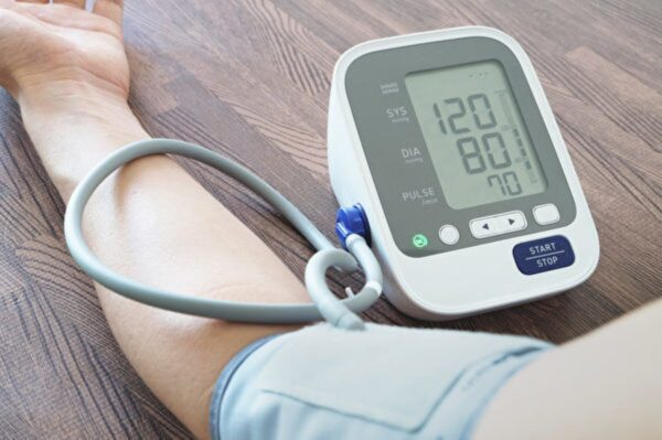 科学家找到人体内天然血压调控机制