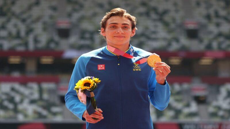 瑞典男子撑竿跳天才夺冠 挑战世界纪录未果