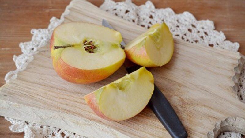 苹果切片后 如何保持新鲜?