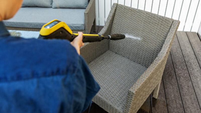 多久没清洁户外家具?不同材质家具清洁指南