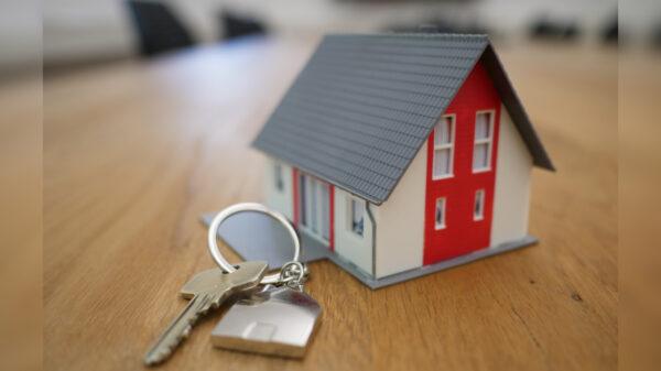將賣房利潤與所有租客分紅 暖心房東感動萬人