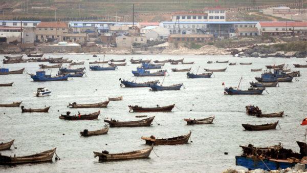 中國漁船涉嫌非法捕撈 韓國將其扣押後移交