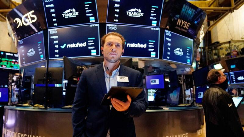 投资者担忧中国市场 大量资金流入美国股市