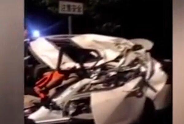轎車撞多人後砸扁對向車 江蘇常州事故8死傷
