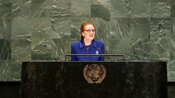 """联合国官员:尊重女性的权利是给塔利班划的一条""""红线"""""""