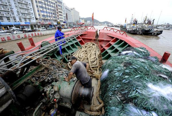 浙江舟山海域兩船相撞 一船沉沒9人失蹤