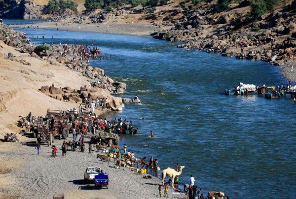 埃塞俄比亞傳屠殺 邊境河岸驚見逾30具浮屍