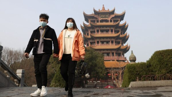 湖北崇阳县封城 所有人员、车辆禁止出入