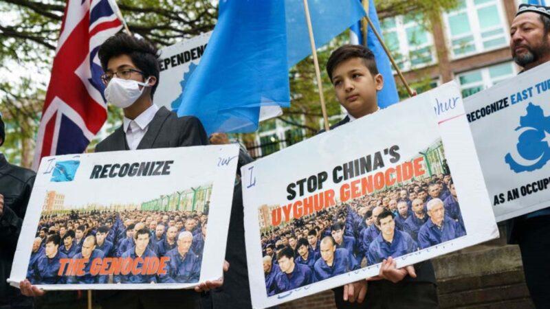两名幸存者揭新疆集中营真相后 父亲均遭杀害