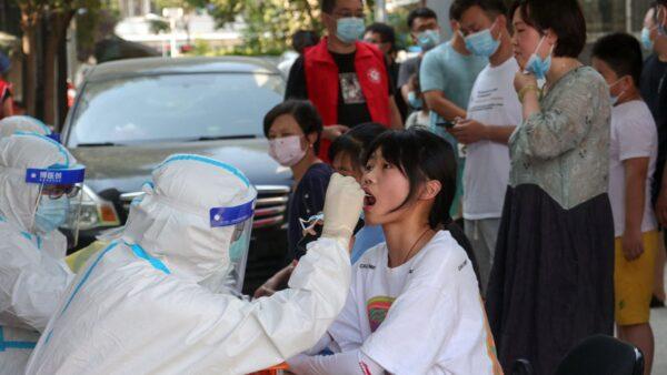 河南疫情急速扩散 7市全员核酸检测