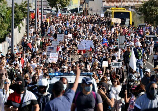 反對健康通行證 法國民眾連3週上街頭表達不滿