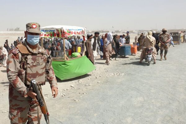 塔利班24小时拿下2省会 阿富汗政府军伺机反攻
