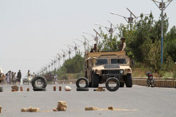 塔利班闪电攻势 阿富汗3天5省会沦陷