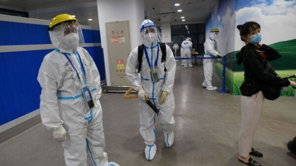 上海疫情升温 浦东机场又现本土确诊病例