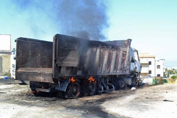 黎巴嫩油罐车爆炸 至少20人丧生近80伤