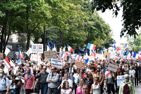 反健康通行證 法國民眾連續6週上街抗議