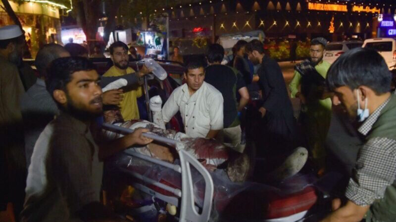 【更新】喀布尔爆炸案逾180死 美军击毙一IS头目