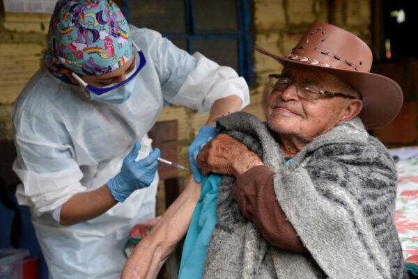 居民对疫苗说No 哥国市镇:不得离开住处