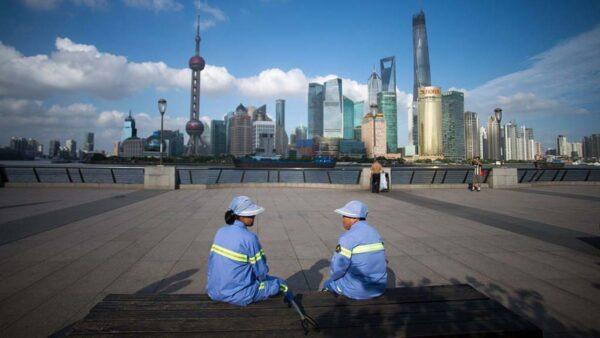 中國7月經濟數據全面下滑  上半年30省市收不抵支