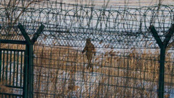 忧士兵逃亡 朝鲜命令军官在中朝修建围墙