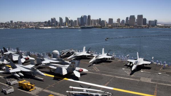 沈舟:美軍卡爾文森號航母正式部署