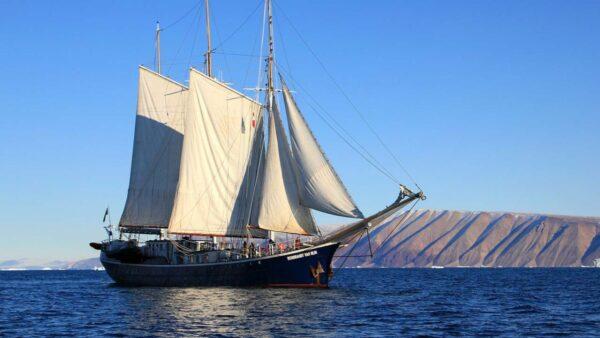 中国流亡者帆船搁浅巴哈马  部分人员申请政治庇护