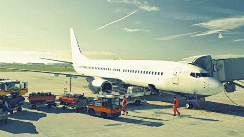 看了才知道 原來旅客的行李箱這樣上飛機