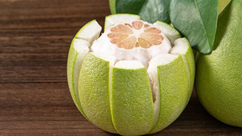 柚子皮是寶!1個妙用除臭味、清油垢