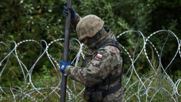 白俄羅斯將難民武器化 波蘭再增派500士兵