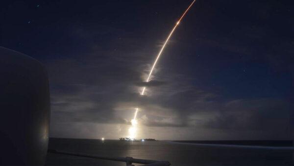 朝鲜导弹无处逃 美军反导新助推器测试成功