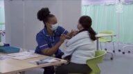 加州疫苗令即日生效 大型活动首当其冲