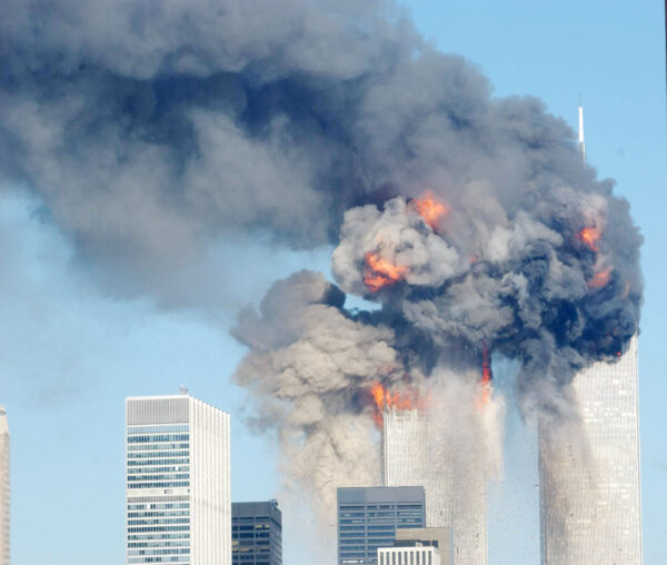 惊逃105层楼 911幸存者忆:一个决定救了自己