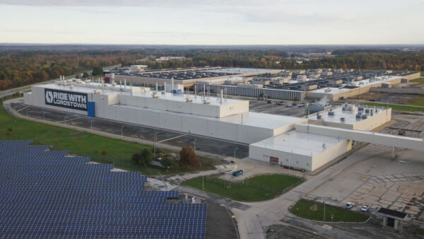 拓展電動車版圖 傳鴻海將買Lordstown俄州工廠