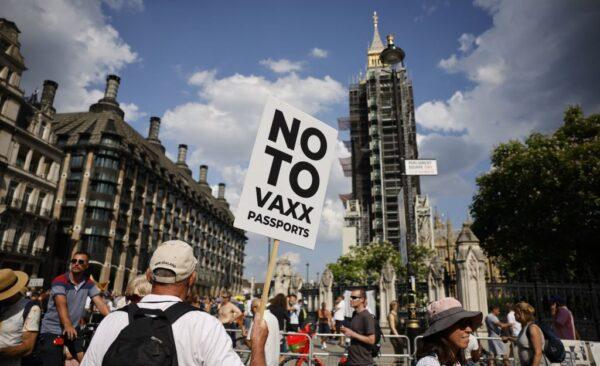 英疫情政策轉向 取消疫苗護照及部分緊急權力