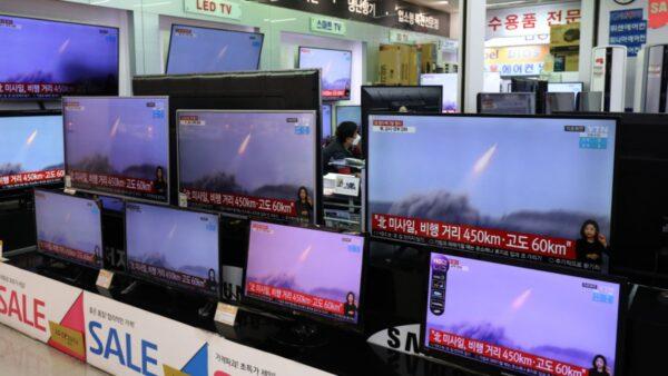 朝鲜官媒:试射新型远程巡航导弹